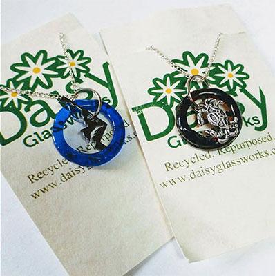 Daisy Glassworks Maryland Love Necklace